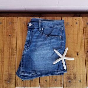 (C) gap • denim shorts • K008